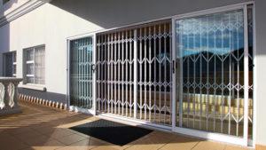 Expandable Security Gates