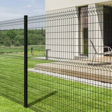wire mesh fence housing